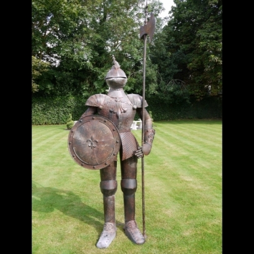 Indoor/Outdoor/Garden Large Metal/Rusty Finish Suit Of Armour Knight Statue 2073