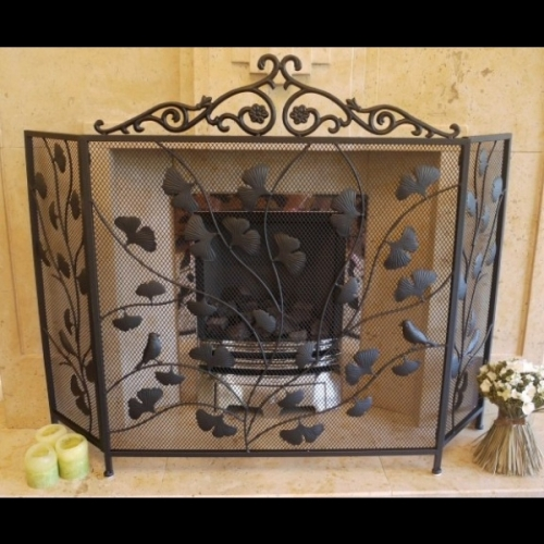Stunning Fire Guard with a Leaf & bird Design