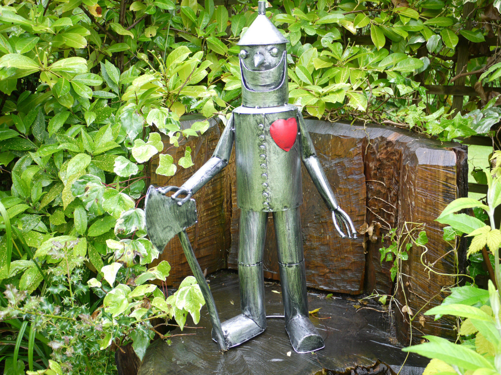 Stunning Fun Item Wizard of Oz Metal TIN MAN Character home/garden ornament 3756