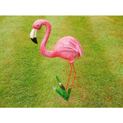 Handmade BRIGHT PINK FLAMINGO FOR HOME OR GARDEN/POND FEATURE 4788