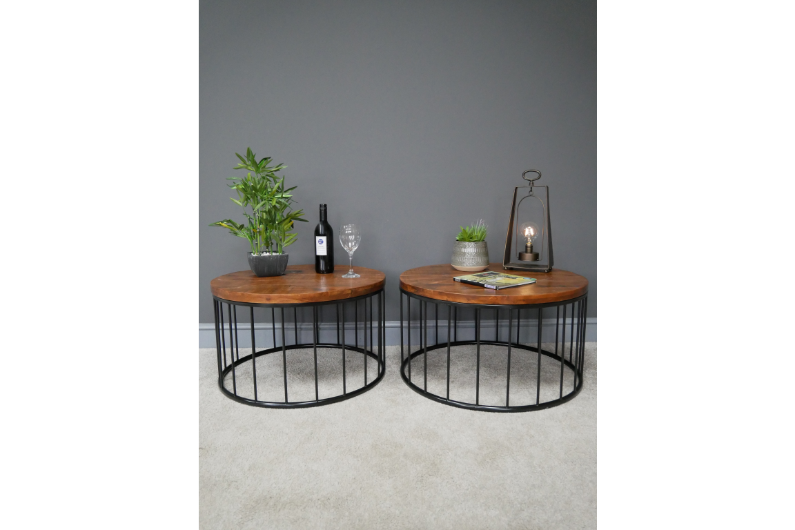 Set of 2 Pine Wood Tables